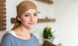 เป็นมะเร็งรังไข่ ใช้ชีวิตอย่างไรให้สุขภาพดีและมีความสุข