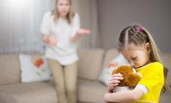 การขู่ลูก ดุเด็ก พ่อแม่ชอบขู่ลูก ส่งผลต่อพัฒนาการเด็ก เลิกหลอกลูกให้กลัวได้แล้ว