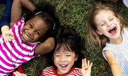 พัฒนาการเด็กปฐมวัย ที่ พ่อ-แม่ ควรใส่ใจ