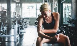 อาการปวดเมื่อยหลังออกกำลังกาย เกิดขึ้นจากอะไร แก้ไขอย่างไรดี