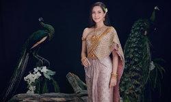 """ไม่เสียชื่อแม่นกยูง! """"แหม่ม คัทลียา"""" ในชุดไทย กี่ปีผ่านไปก็งดงามยืนหนึ่ง"""