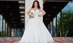 9 วิธีเลือกชุดแต่งงานสำหรับสาวอวบ อ้วนแค่ไหนก็สวยได้