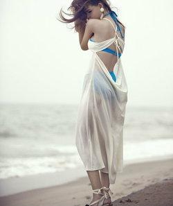 เลือกชุดสำหรับไปเที่ยวทะเล ให้เปรี้ยวเก๋มีสไตล์ ไม่ยากอย่างที่คิด!!
