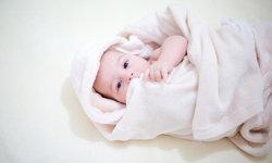 เคล็ดลับอาบน้ำให้ลูกน้อยช่วงหน้าหนาวอย่างไรให้สบายตัว