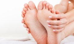 7 วิธีลดกลิ่นเท้าง่ายๆ ลองทำได้เอง