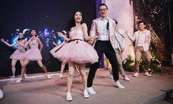"""เก็บตก """"มิว นิษฐา"""" ในชุดอาฟเตอร์ปาร์ตี้สุดน่ารักจากแบรนด์ไทย DISAYA"""