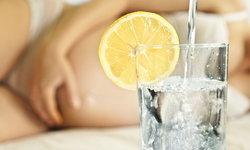 6 ประโยชน์ดีๆ ของน้ำมะนาว ที่คนท้องไม่ควรพลาด