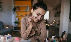 7 วิธีดูแลผิวง่ายๆ ให้สวยใสน่าสัมผัสทุกวัน
