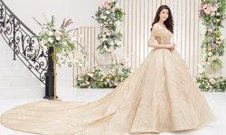 """""""เอสเธอร์ สุปรีย์ลีลา"""" ใส่ชุดแต่งงานได้สวยราวเจ้าหญิง ใน Bride Magazine ฉบับเดือน มีนาคม 2563"""