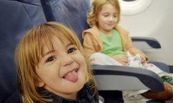 """เจอ """"เด็กไม่น่ารัก"""" บนเครื่องบิน ต้องรับมืออย่างไร?"""