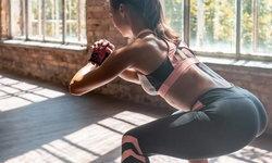 """ลุกนั่งสิ แล้วชีวิตจะดี! 7 เหตุผลที่ออกกำลังกายแบบ """"สควอท"""" ดีกว่าการวิ่ง เพื่อหุ่นเฟิร์มเป๊ะ สุขภาพดี"""