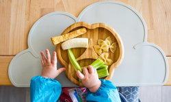4 เคล็ดลับแก้ไข เมื่อลูกน้อยไม่ชอบกินผลไม้