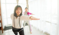 6 วิธีออกกำลังกายง่ายๆ เรียกคืนความอ่อนเยาว์สดใสให้ตัวเองอีกครั้ง