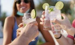 10 ผลเสียที่เกิดขึ้นกับสาวๆ ที่ชอบดื่มแอลกอฮอล์เป็นประจำ