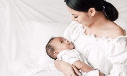 5 วิธีเฝ้าระวังภาวะ Over Feeding ในทารก ที่อาจส่งผลเสียได้มากกว่าอาเจียน