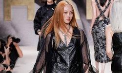 """""""แจน ใบบุญ"""" นางแบบไทยคนแรกที่เดินให้กับ Chanel ใน Paris Fashion Week"""