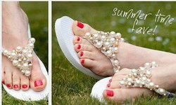 เปลี่ยนรองเท้าแตะธรรมดาให้กลายเป็นรองเท้าฟรุ้งฟริ้งกัน