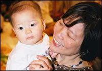 ย่ายายสนับสนุนการเลี้ยงลูกด้วยนมแม่