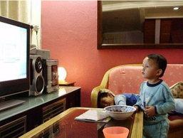 ให้เด็ก 3 ขวบดูโทรทัศน์มากอาจทำให้ก้าวร้าว