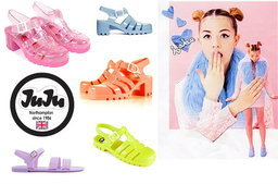เทรนด์ใหม่มาแรง JuJu Footwear รองเท้าเจลลี่สุดชิค !!