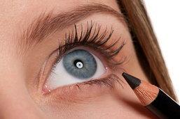 สาวๆ ต้องลอง! เปลี่ยนดินสอเขียนขอบตา เป็นเจลไลเนอร์ชั้นดี