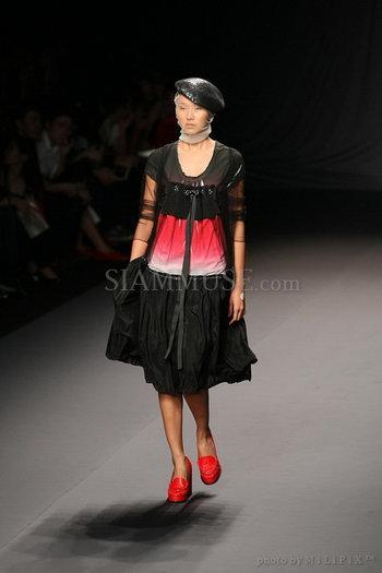 แฟชั่นโชว์ : ELLE Fashion Week 2008 (4) /19 Oct 2008