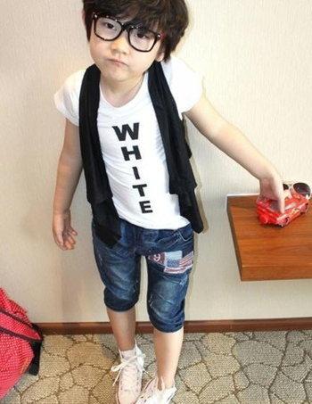 แฟชั้นเสื้อผ้าเด็ก