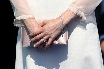 เมแกนออกงานครั้งแรก หลังเข้าพิธีเสกสมรสกับเจ้าชายแฮร์รี่