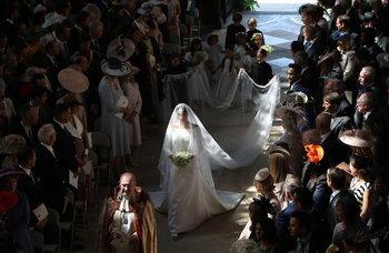 ดยุคและดัชเชสแห่งซัสเซ็กส์ในวันเสกสมรส