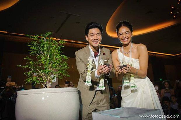 งานแต่งงาน นุ่น ท็อป