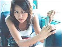 สาวๆ รู้ไว้...เอาตัวรอดอย่างไร ให้พ้นมือชายชั่วบนรถเมล์