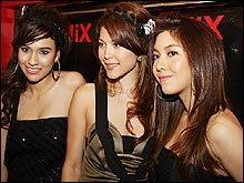 รวมชุดเซ็กซี่สีดำของเหล่าดาราสาวสุดฮอต