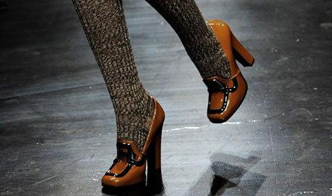 เทรนด์รองเท้ายูนิเซ็กส์ใหม่ล่ามาเร็ว ส่งตรงจาก มิลาน แฟชั่น วีค