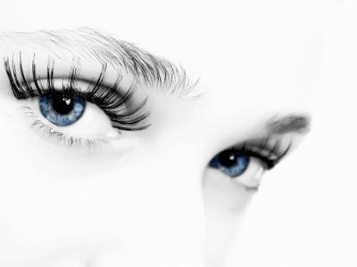 ลางบอกเหตุ : ตาเขม่น