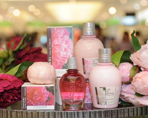 ล็อกซิทานเปิดตัวเครื่องสำอางสีสันครั้งแรกในไทย