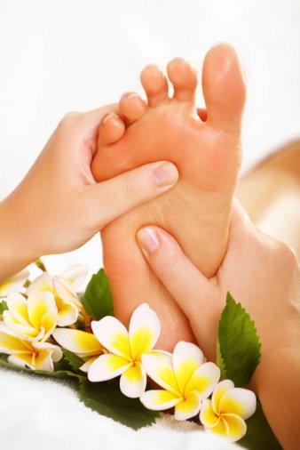 นวดกดจุดสะท้อนเท้า ศาสตร์บำบัดด้วยธรรมชาติ ช่วยเลิกบุหรี่