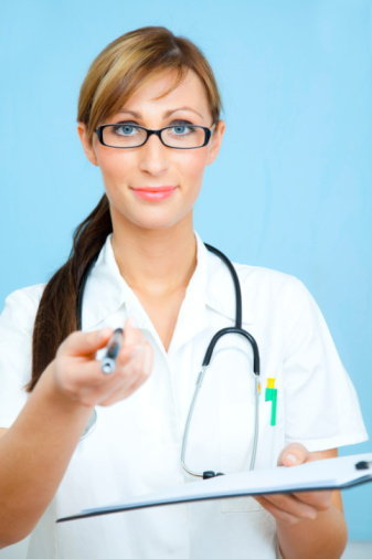 ควบคุมรายจ่าย ด้วยการทำประกันสุขภาพ