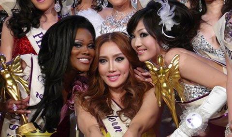 สาวเทียมแดนกิมจิ คว้ามงกุฎ Miss International Queen2010