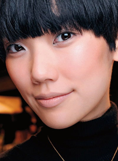 Beauty Trends Updates - Dollhouse blush