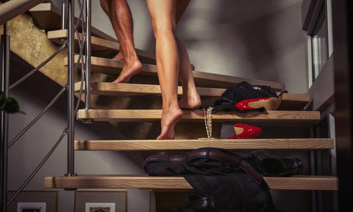 4 เรื่องเด็ด ที่จะทำให้เซ็กซ์กลับมาเร่าร้อนเหมือนก่อนแต่งงานอีกครั้ง