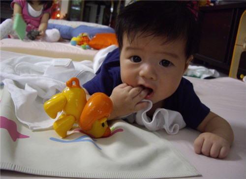 """""""ไวรัสโรต้า"""" ปัญหาร้ายของลูกเล็กและระบบสาธารณสุขไทย"""
