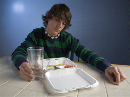 ติดกินอาหารกลางคืน ทำให้ร่างกายทรุดโทรมเร็ว