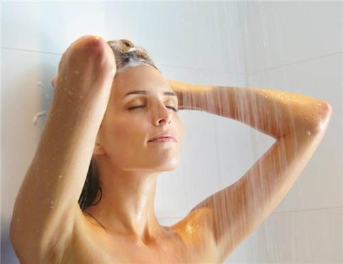 ร้อนสลับเย็น การอาบน้ำเทรนด์ใหม่เพื่อสุขภาพ