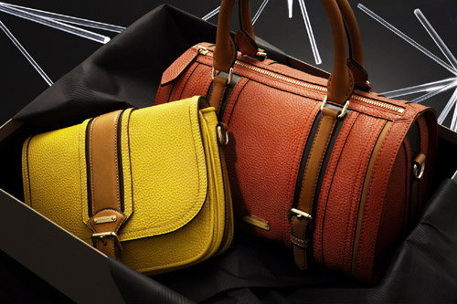 BURBERRY FESTIVE THEME COLLECTION 2011
