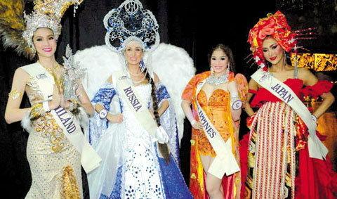 สวยกว่าหญิง! น้องเจเล่ ประชันชุดประจำชาติ มิสอินเตอร์ฯควีน 2012