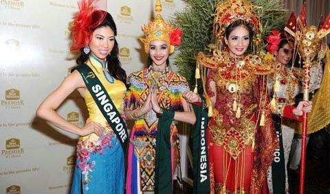 ชุด มโนราห์ ผงาดคว้ารางวัลชุดประจำชาติ Miss Earth 2012
