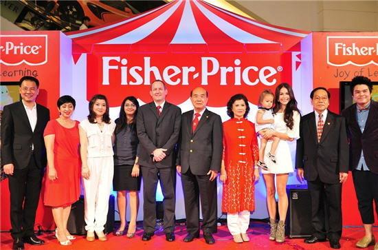 """""""พอลล่า"""" ควง """"ไลลา"""" ร่วมค้นหา Fisher Price Brand Ambassador"""