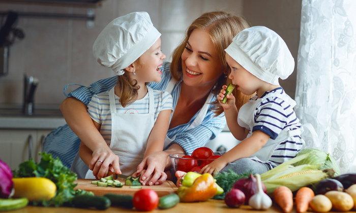 ปั้นฮีโร่ประจำบ้านไม่ยาก ด้วยเคล็ดลับปรับพฤติกรรม สร้างเด็กสุขภาพดี