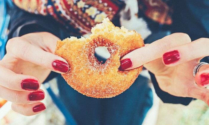 คุณกำลังถูกความอ้วนรุมเร้าหรือไม่ พฤติกรรมเหล่านี้บอกคุณได้!