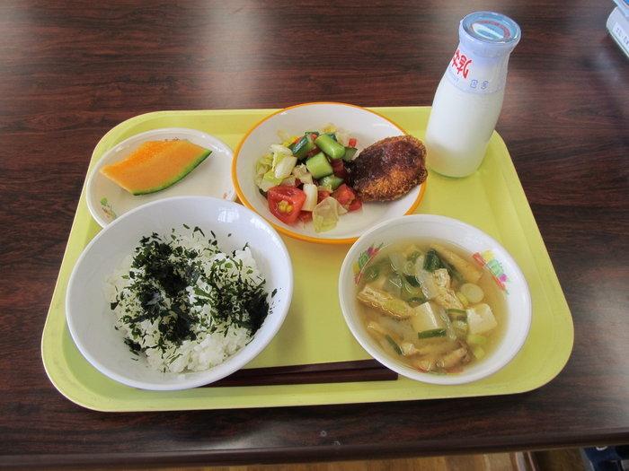 ส่องดูเมนูอาหารกลางวันโรงเรียนญี่ปุ่น ความใส่ใจอย่างจริงจังต่อสุขภาพของเด็ก